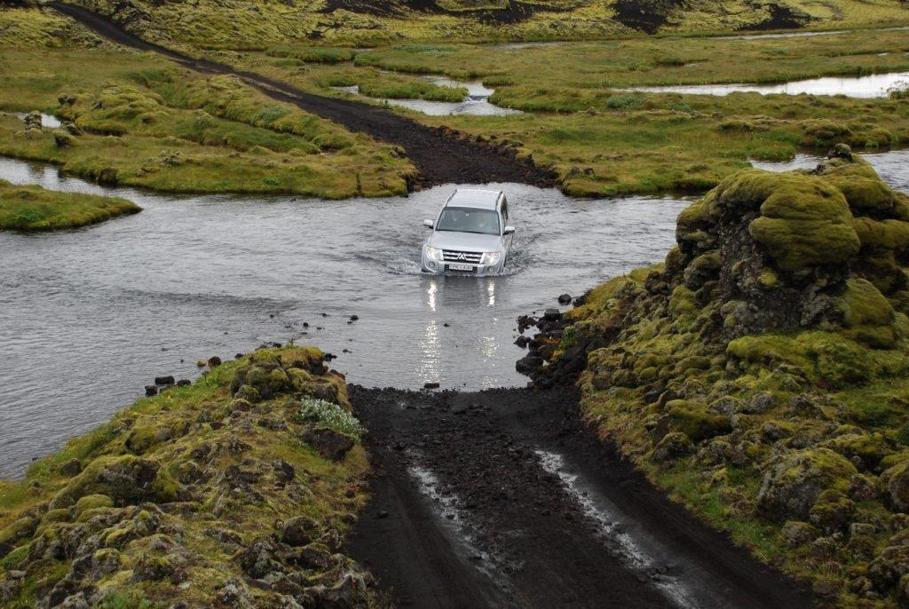 טיולי גיפים באיסלנד